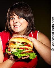 mujer, tenencia, grande, hamburguesa