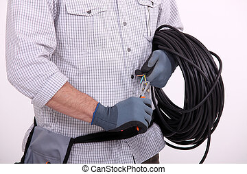 Cutting electrical wire