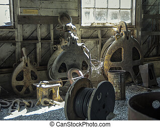 antique block and tackle
