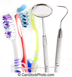 Toothbrush and Dental mirror - explorer in glass