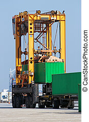 mobile container spreader - Mobile container spreader in...