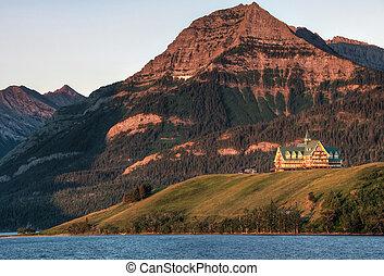 Prince of Wales Hotel at Waterton Lakes National Park -...