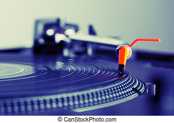 Turntable playing vinyl record - Professional audio...