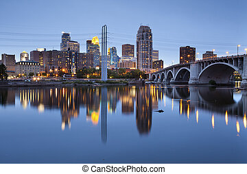 Minneapolis - Image of Minneapolis downtown at twilight.