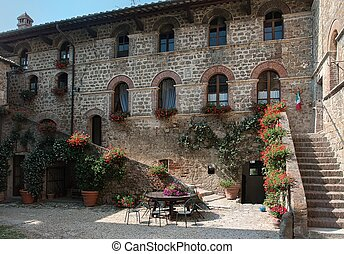 Country house, Tuscany, - Typical italian house in Tuscany