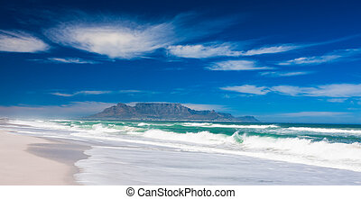 Table Mountain - A crystal clear day in the beach in...