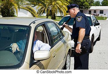 policía, -, buscando, linterna