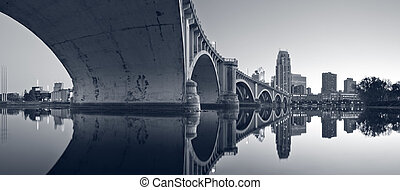 Third Avenue Bridge Minneapolis. - Toned image of Third...