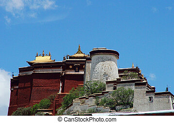 Potala Palace - Famous landmark of the Potala Palace in...