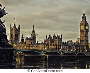 Houses of Parliament, London, England - Atmospheric view of...