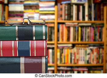 biblioteca, concepto, -, Libros, anteojos, contra, libro,...