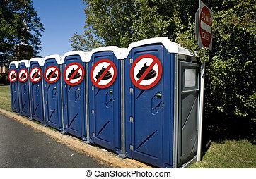 No poop outhouses - No number two kings thorn