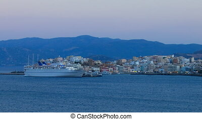 Evening view of Agios Nikolaos city