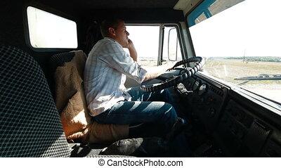 Camión, conductor, en, el, teléfono