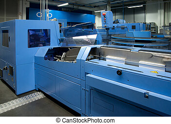 Print shop press printing - Finishing line - Post press...