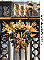 Emblem in Buckingham Palace - Emblem in the front gate of...