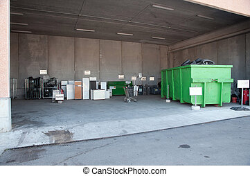 Italian Recycling center Raee - Italian public center for...