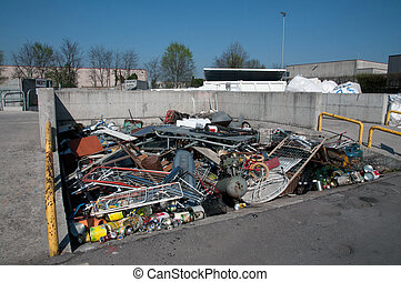 Italian Recycling center (Raee) - Italian public center for...
