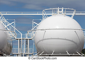 Storage tank - Sphere storage tank in a refinery plant