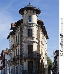 city ??and details of Saint Jean de Luz, southern France