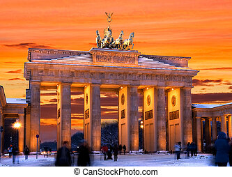 berlin brandenburger tor winter sunset - brandenburger tor...