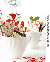 Peppermint Bark - Traditional Christmas Chocolate Peppermint...
