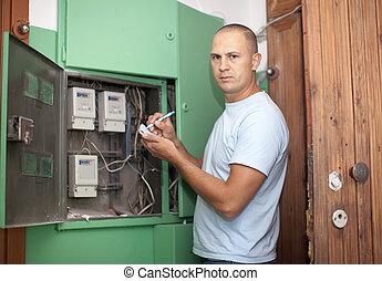 Man rewrites electric power meter readings - Man rewrites...