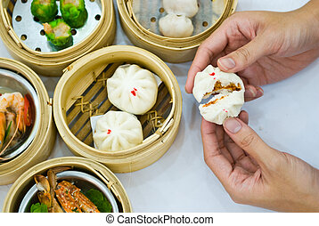 Steamed dumpling with hand - Steamed dumpling and dimsum...