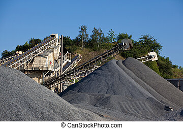 Piles of gravel - Conveyor belts with piles of gravel