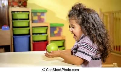 Children and healthy food at school - Happy babies and...