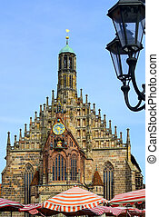 Church of Nuremberg with street lamp
