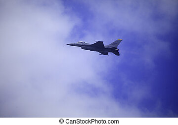 F 16 flies at Kaneohe Bay airshow - KANEOHE, HI, USA, -...