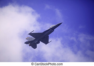 F 16 flies at Kaneohe Bay airshow - KANEOHE, HI, USA -...