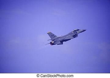 F 16 flies at Kaneohe Bay airshow - KANEOHE, HI, USA -...
