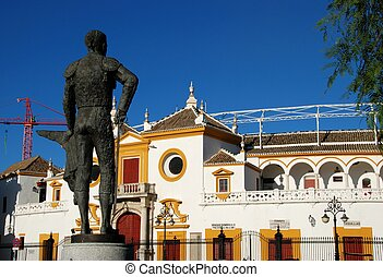 Matador statue and bullring, Seville - The Bullring Plaza de...
