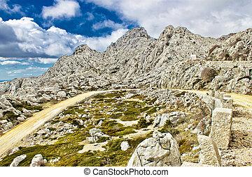 Velebit mountain road serpentine near Tulove grede