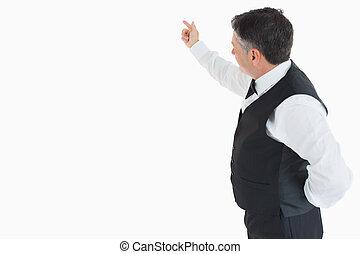 Waiter pointing something