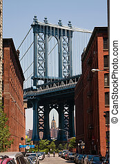 Manhattan Bridge - The Manhattan Bridge as seen from...