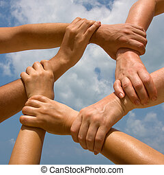 muitos, mãos, conectando, Corrente, céu