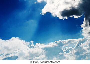 clouds - Clouds in the sky.