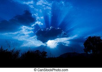 Rays of sun shining