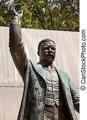 Theodore Roosevelt Statue Island Washington DC - Theodore...