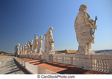 Apostles - Statues of Jesus and apostles on saint Peter's...