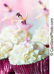 Ballerina cupcakes - Cupcakes decorated with vintage...