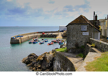 Coverack Cornwall - Coverack fishing village in Cornwall