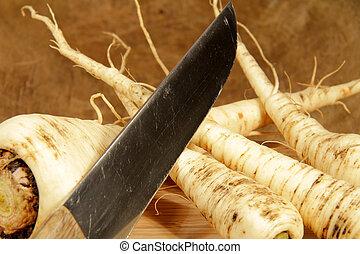 turnip - fresh pastinak