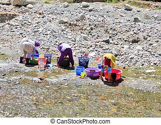 mulheres, lavando, roupas, Rio