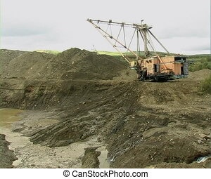 Career dredge on extraction of gravel.