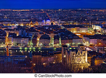 Lyon -  City of Lyon by night