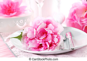 Place setting - Romantic place setting in pink